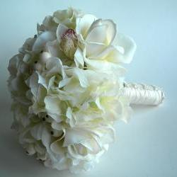 Real Touch Bridal Bouquet in Ivory